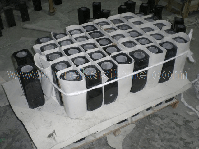 granite tombstone packing (2)