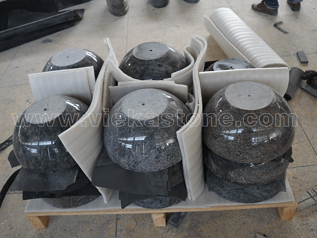 granite tombstone packing (3)