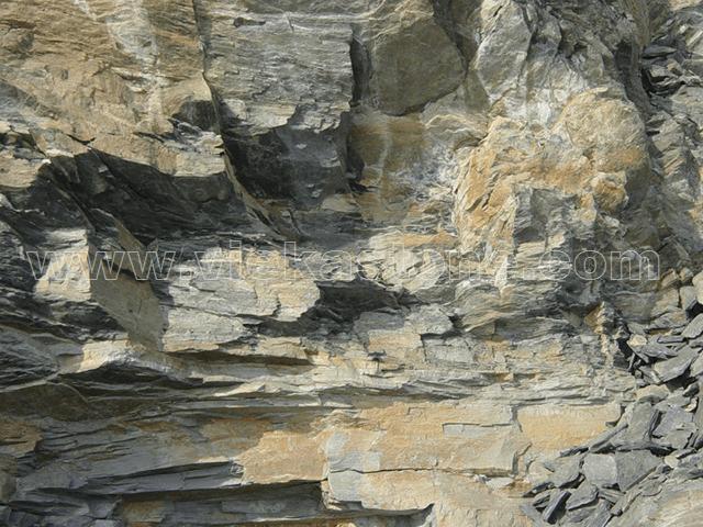 rusty quartzite quarry