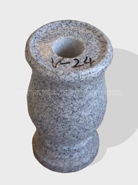 granite vase 013