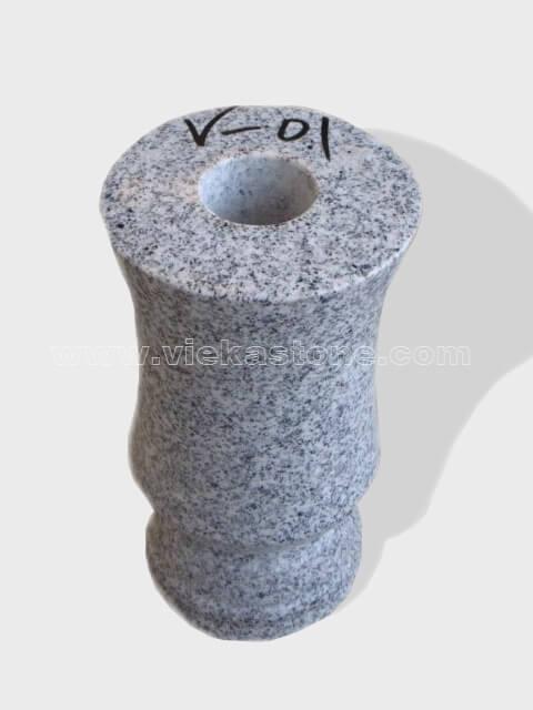 granite vase 017