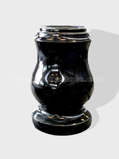 granite vase 031