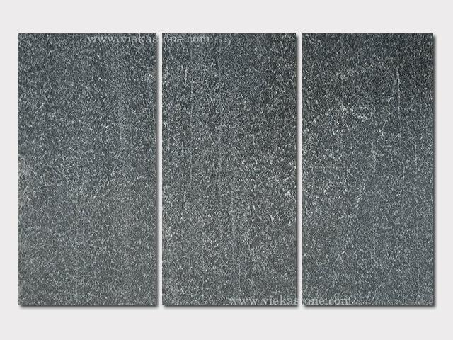 Black quartzite tile 60x30cm (1)