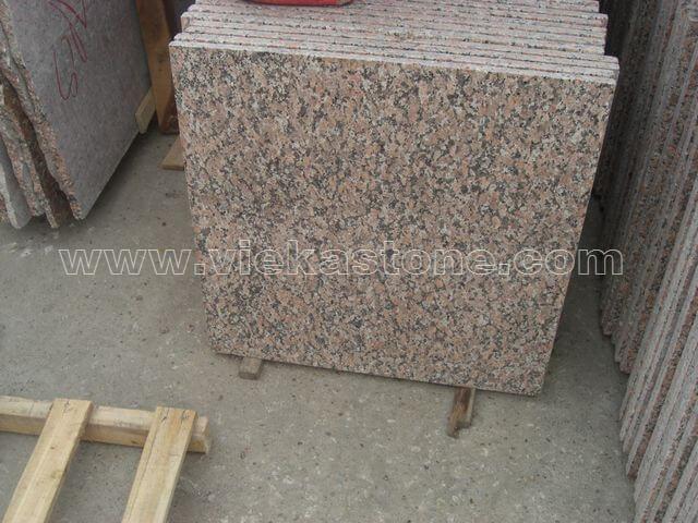 G562 maple red granite tile flamed (2)