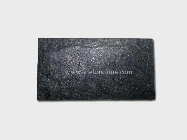 black quartzite mushroom stone (1)