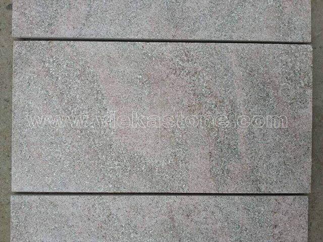 pink quartzite tile flamed (1)