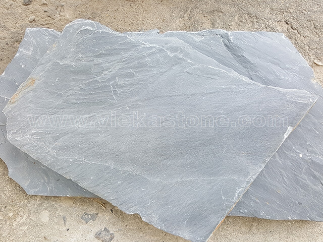 black-slate-irregular-crazy-flagstone-paving1